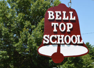 Bell Top red sign