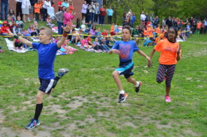 Bell Top Field Day race