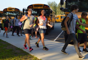 Goff students walk into school 2015
