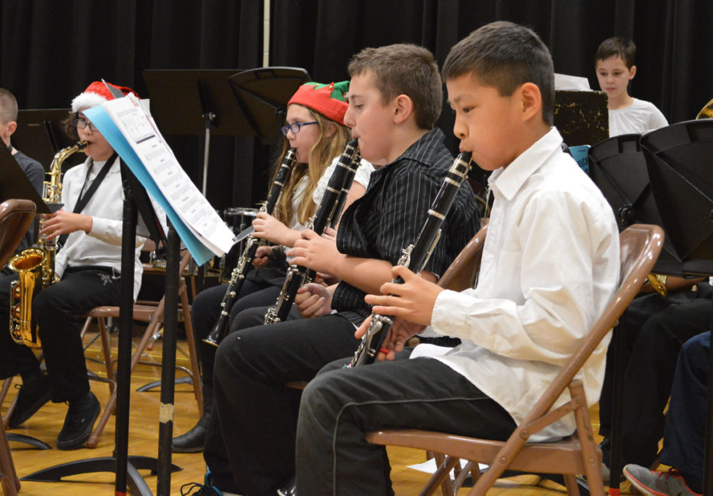 Red Mill 5th grade holiday concert