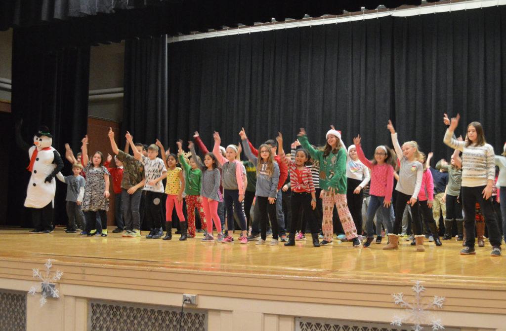 Genet Holiday Sing-Along