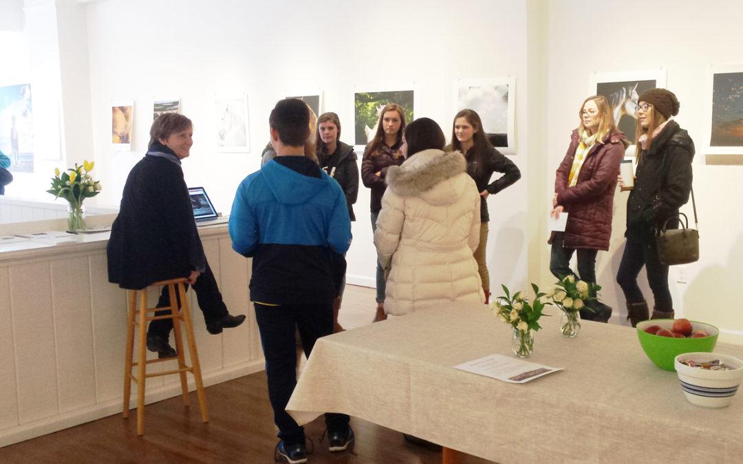 Art Students Visit Ellen Lynch Gallery