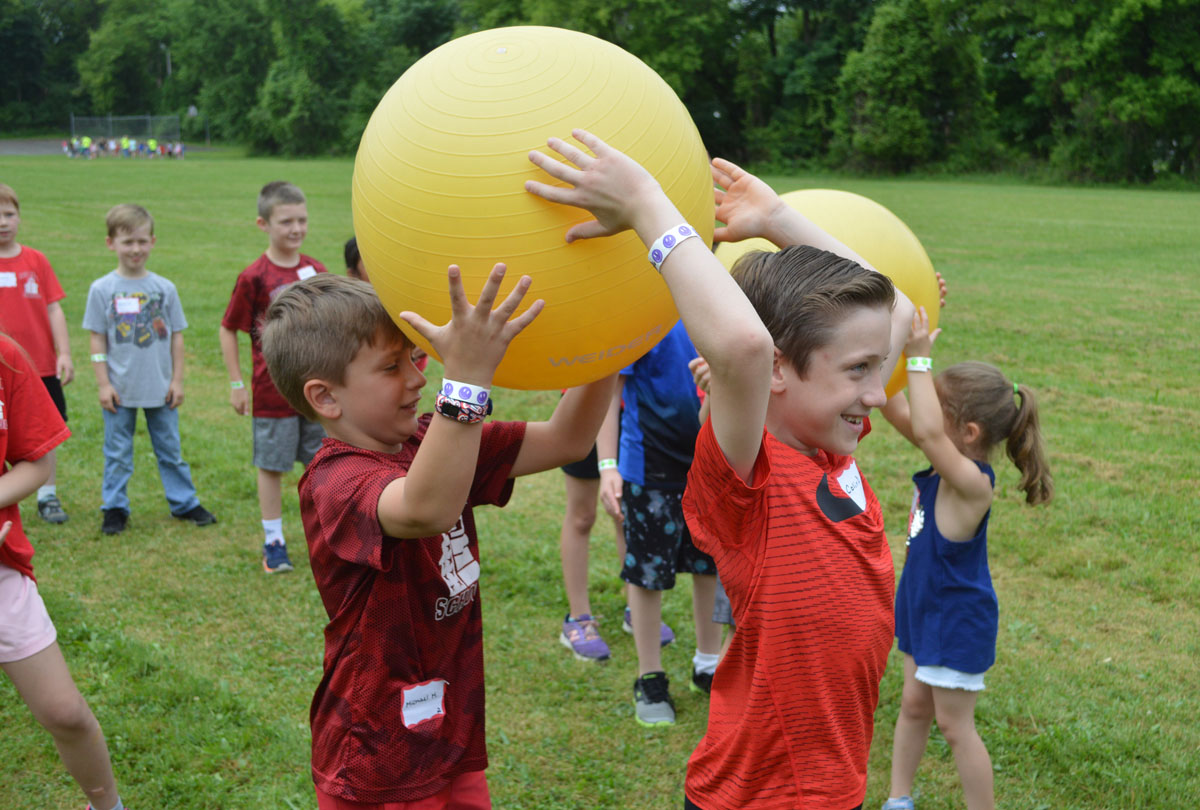 Students play at Red Mill Fun Day