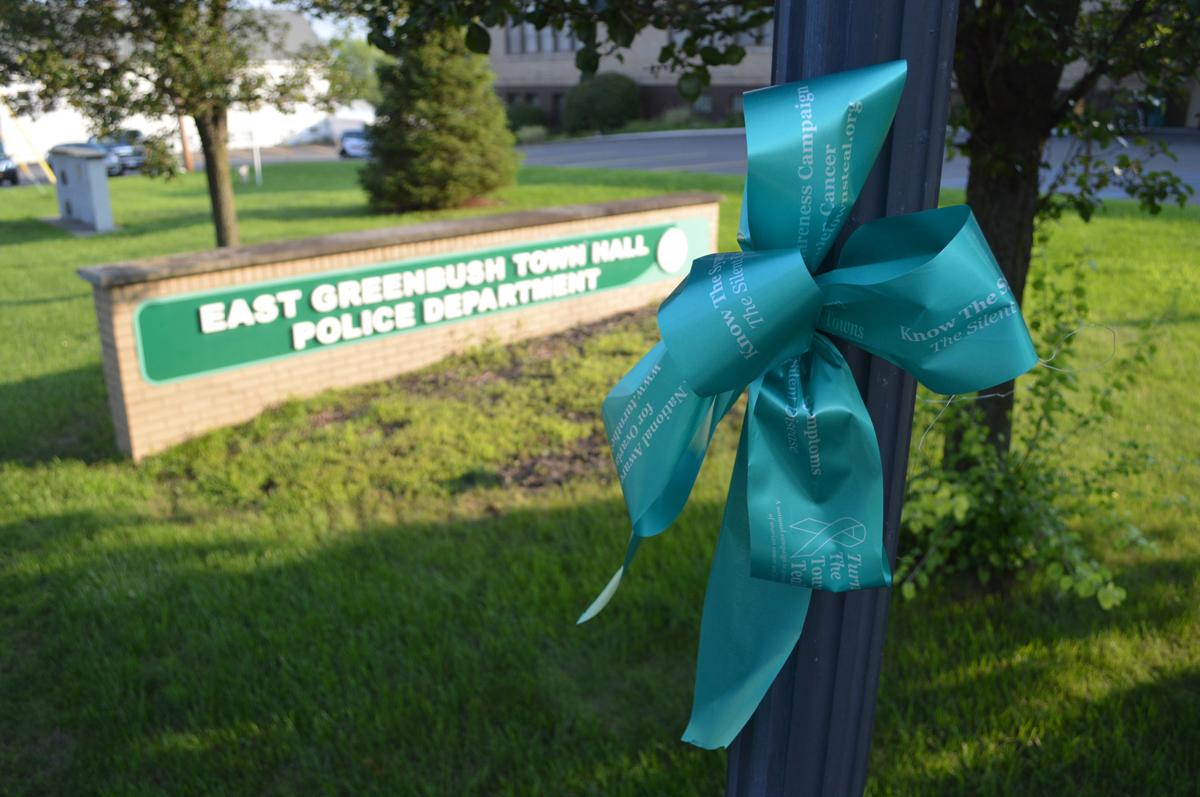 Teal ribbon at Town Hall