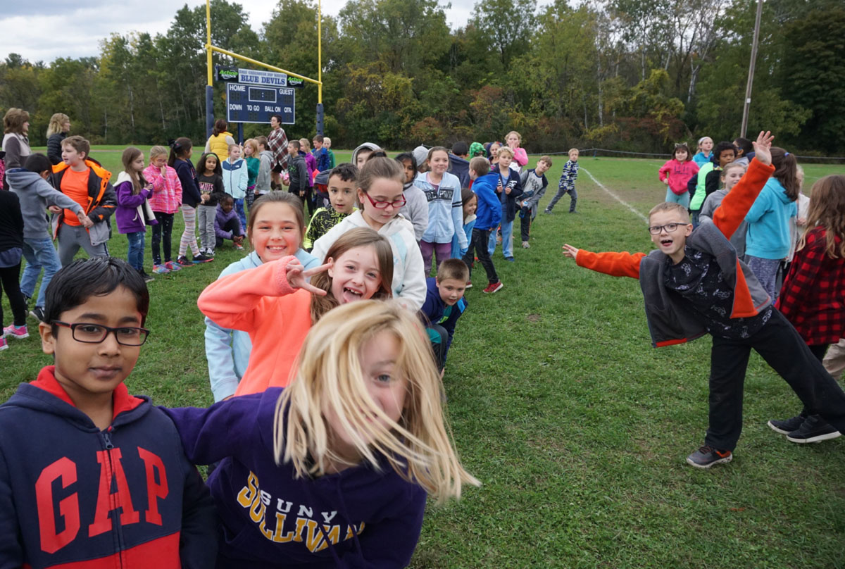 Students before the Fall Fun Run