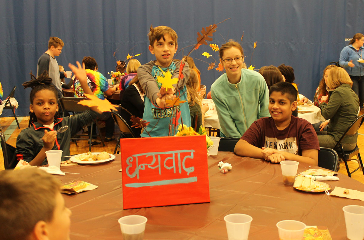 Students at Goff Thanksgiving Feast