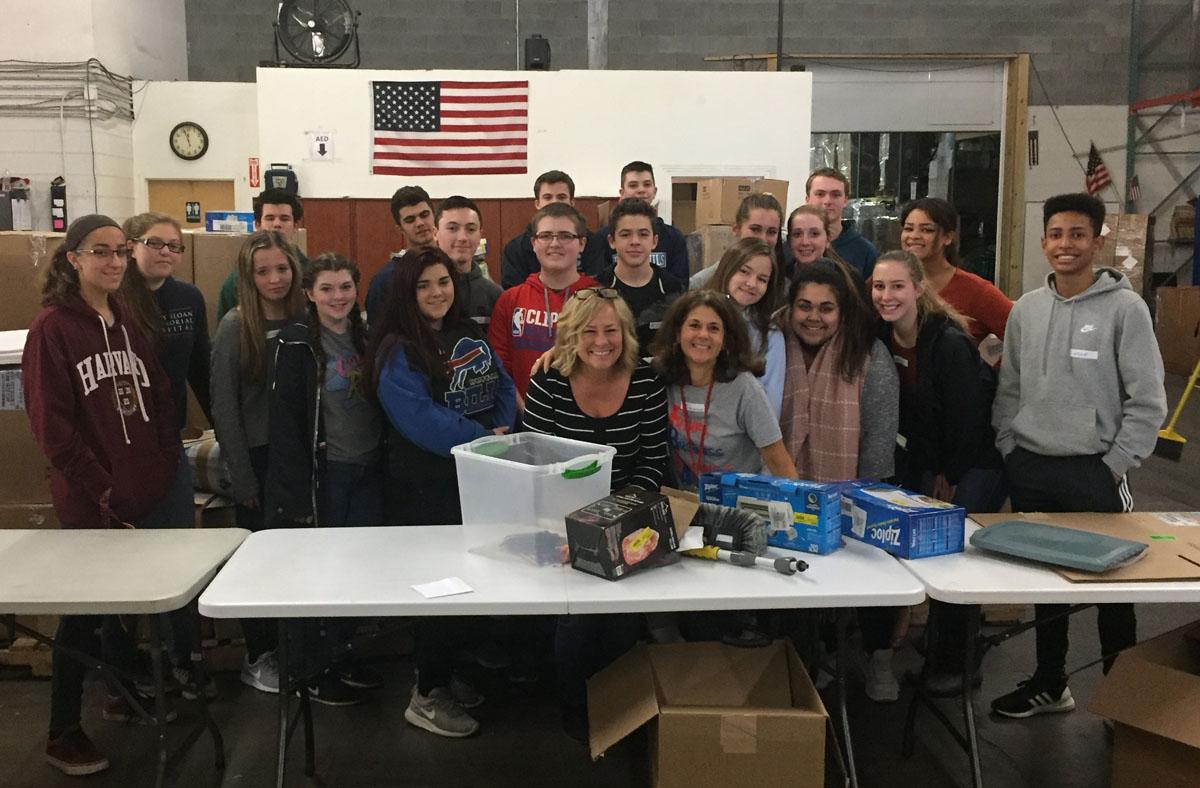 FBLA volunteering at the Veterans Miracle Network