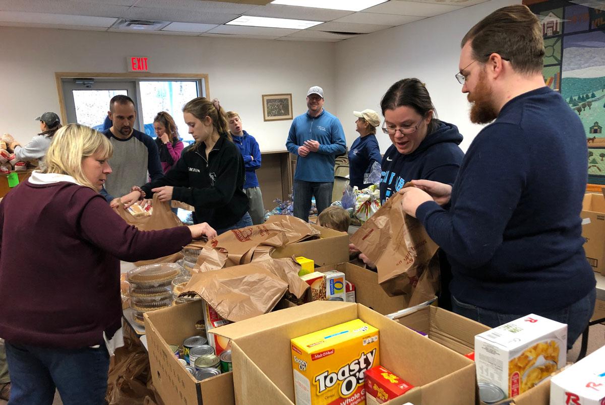 EGTA volunteering at Nassau Food Pantry