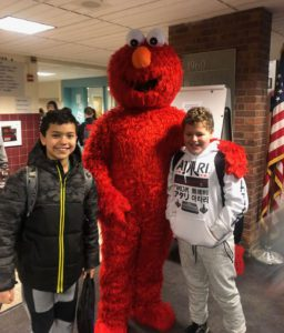Elmo with students at Goff Spirit Week