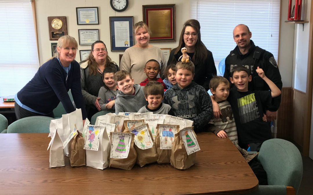 Students Give Care Packages to Police Officers