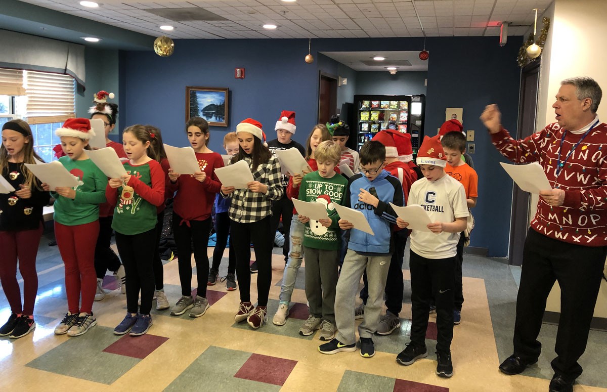 Red Mill students sing Christmas carols at Evergreen Commons