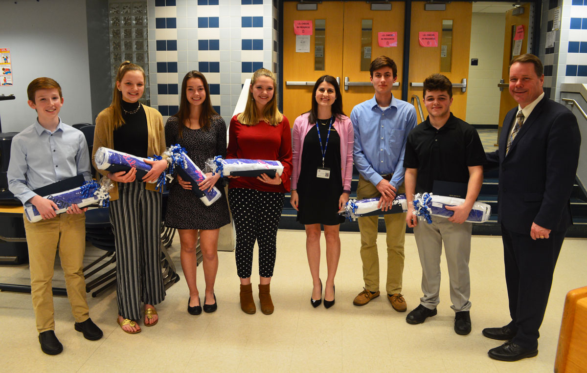 Columbia students recognized as Volunteers of the Year by Central Administration