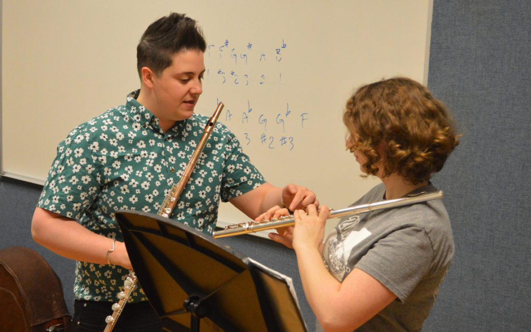 Guest Musicians Lead Workshops at Columbia and Goff