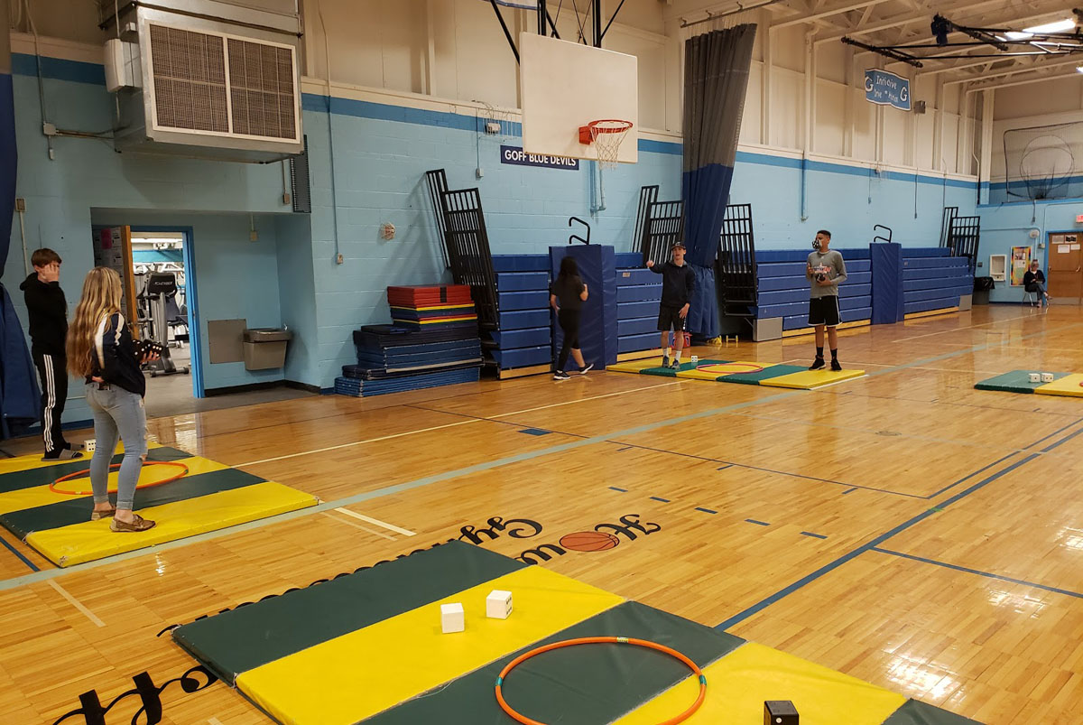 Students playing lifetime fitness games