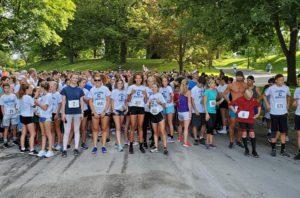 Teal Ribbon Run participants in Washington Park