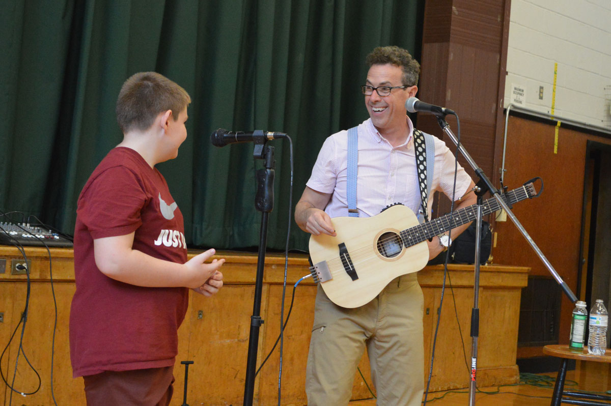 Eric Litwin performs at Green Meadow