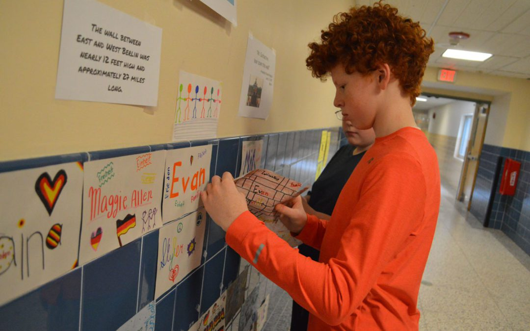 Goff Students 'Tear Down This Wall!'