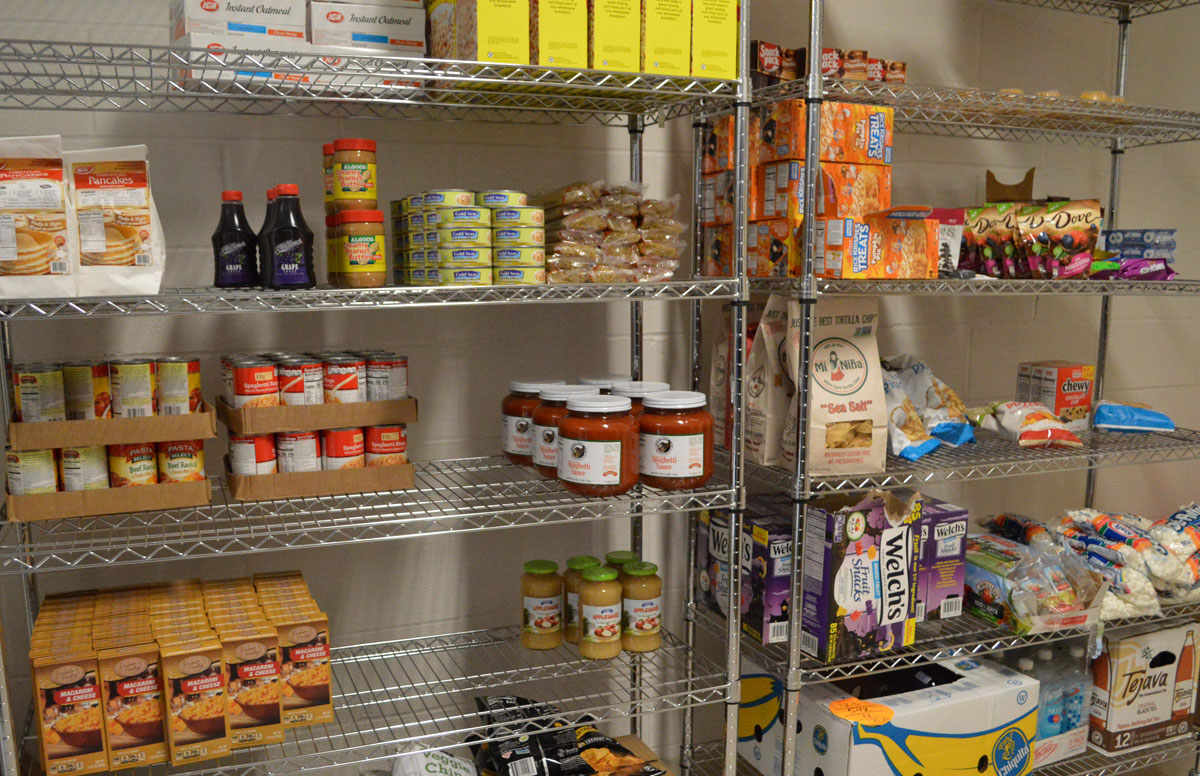 Food for backpack program on wire racks