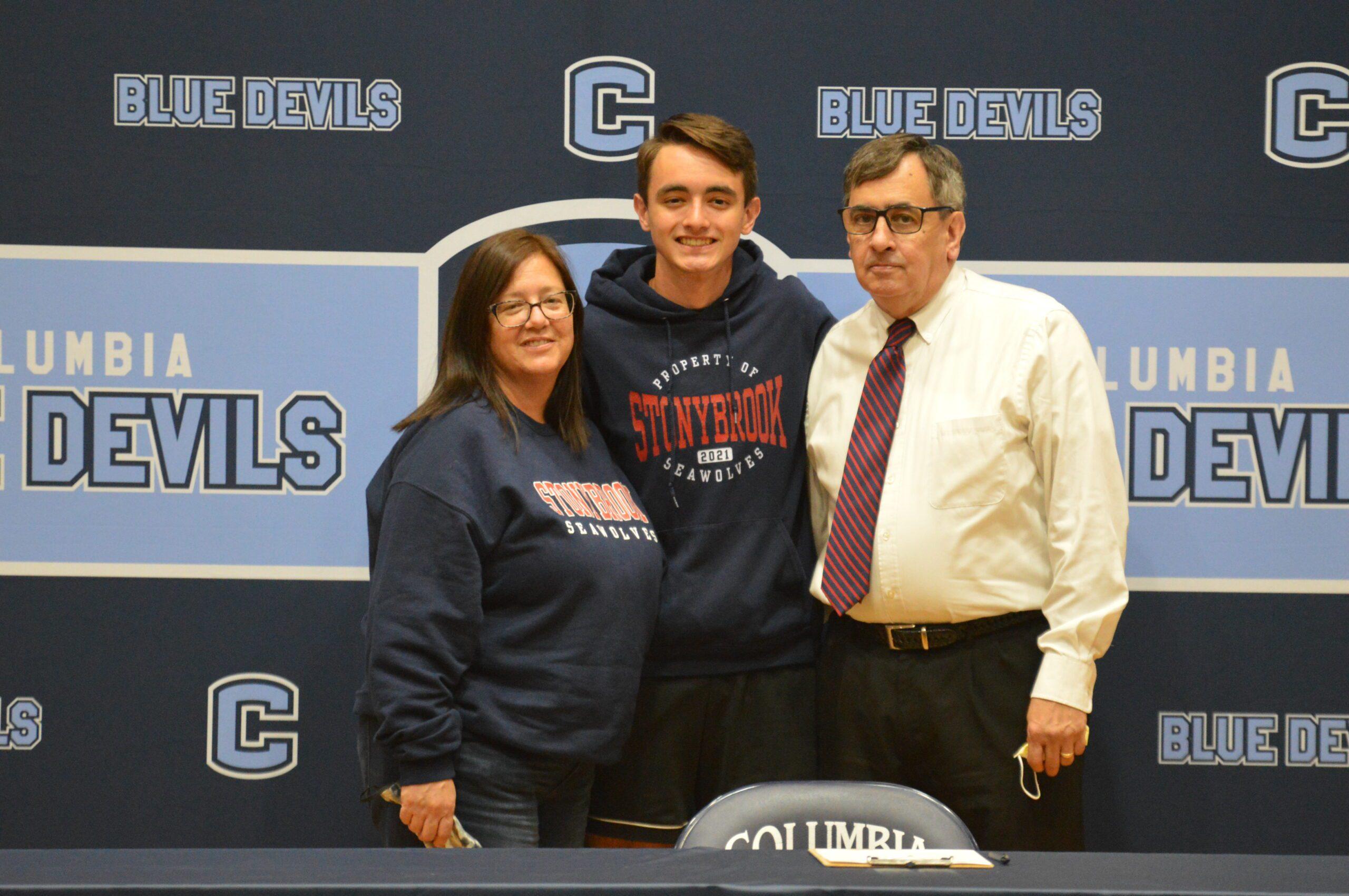 Thomas Donohue college signing